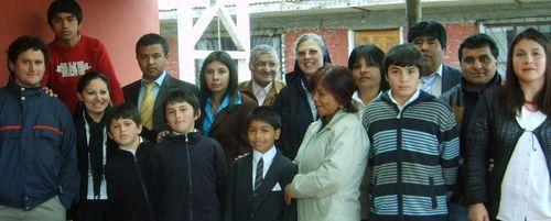 Frente a la capilla del Capricornio con los parinos y madrinas