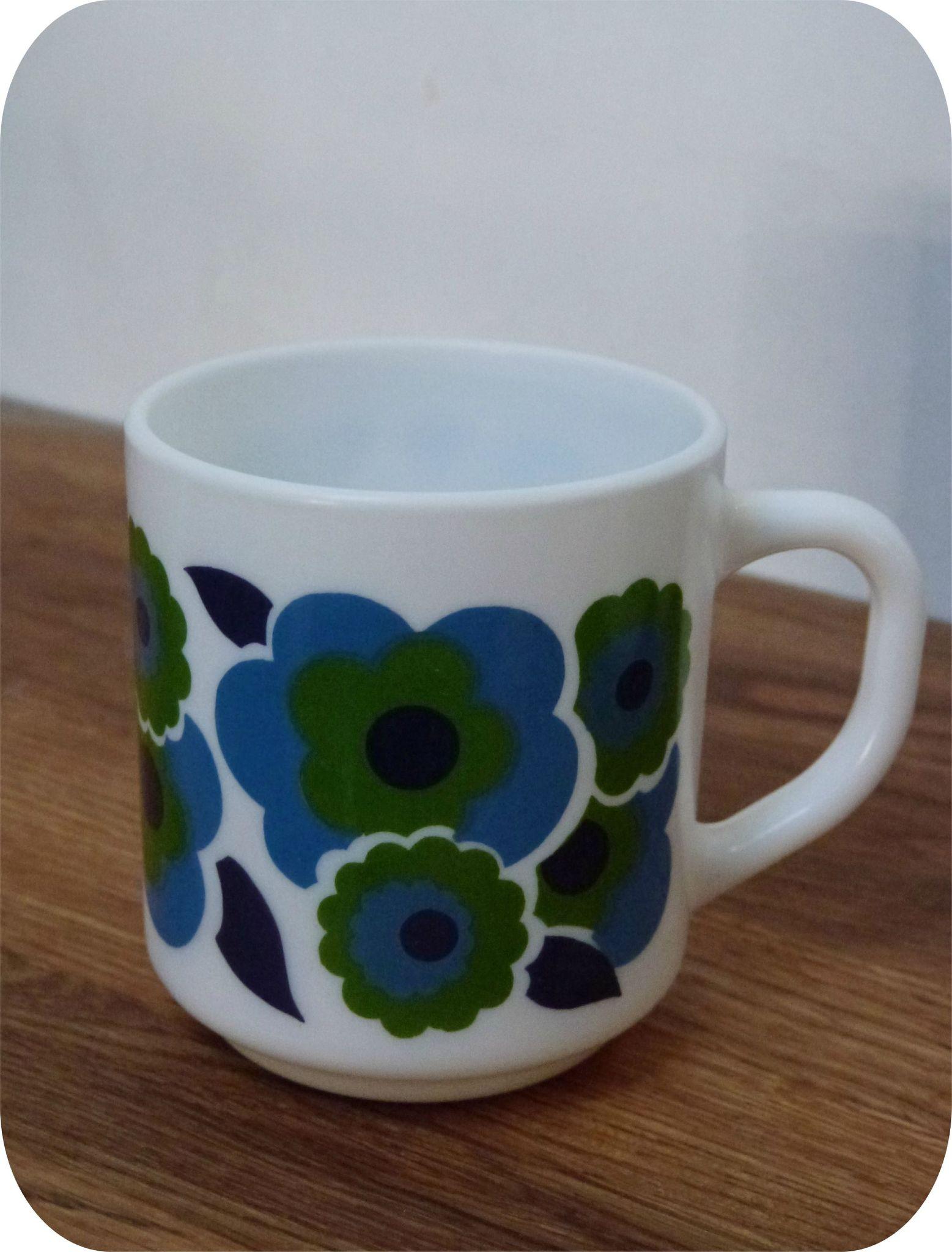 mug lotus vintage