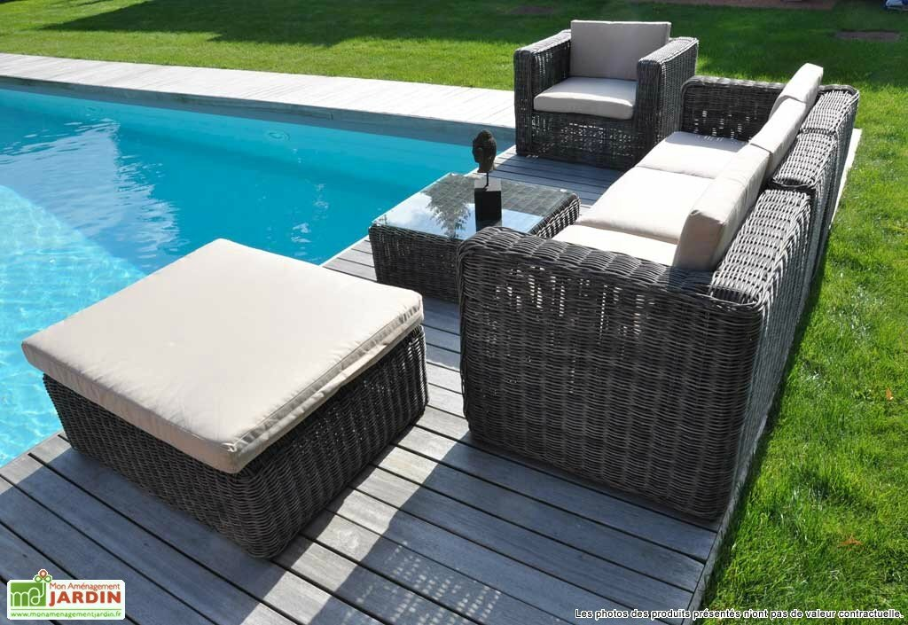 Mobilier de piscine un design toute preuve article co for Jardin et piscine design