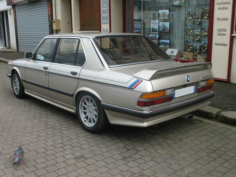 BMW528iE28ar1