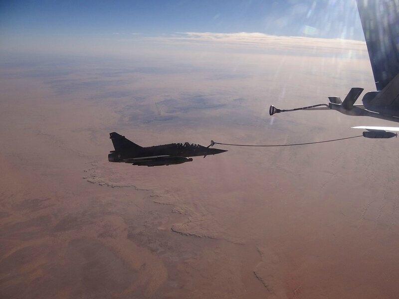 1280px-Air_refueling