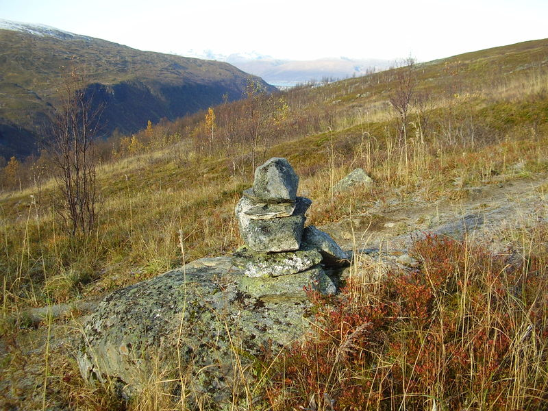 04-10-08 Tromsdalstind et neige (27)