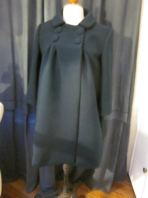 Un tout nouveau manteau EDITH pour ma Salomé : en très beau lainage vert bouteille...