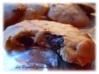 Cookies aux cacahuètes et pépites de chocolat maison-1