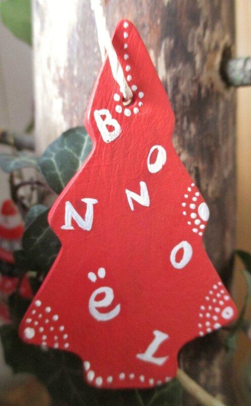 Petit sapin Bon Noel (argile peinte) - CélinArtisa