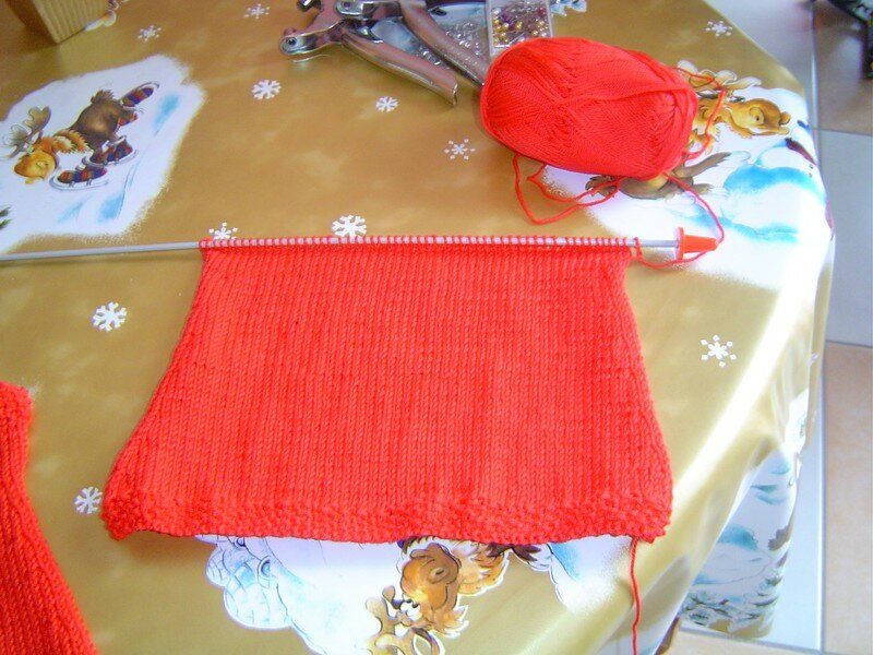 dos robe rouge taille naissance