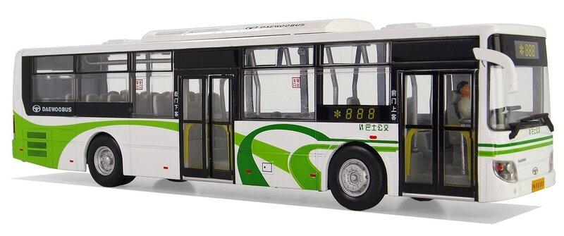 model-buses-1236297_1280