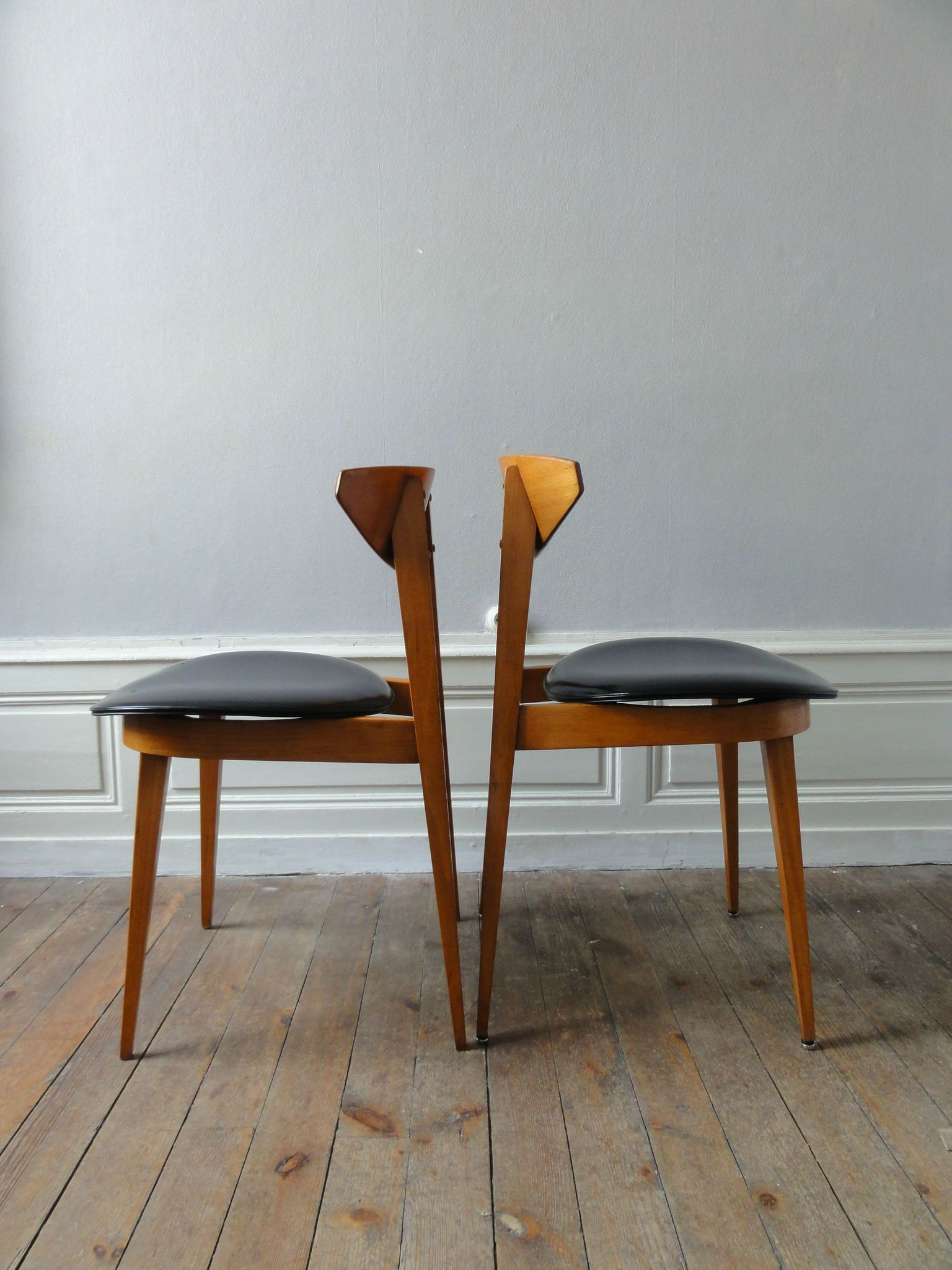 6 chaises de style scandinave vintage moi for 6 chaises scandinaves
