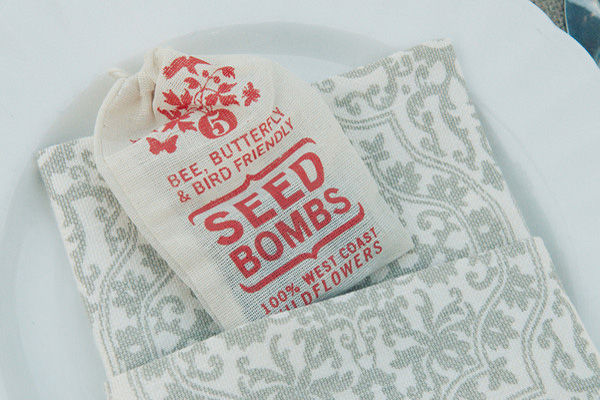 wedding_favors_seed_bombs