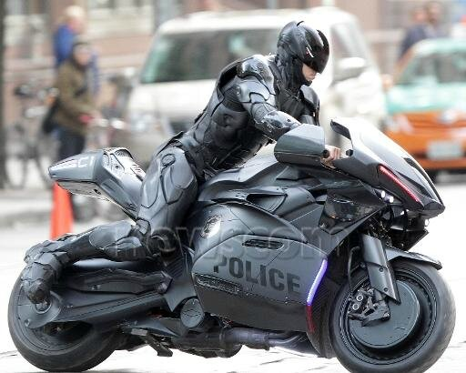ROBOCOP-Photo-Tournage-Motorbike-04