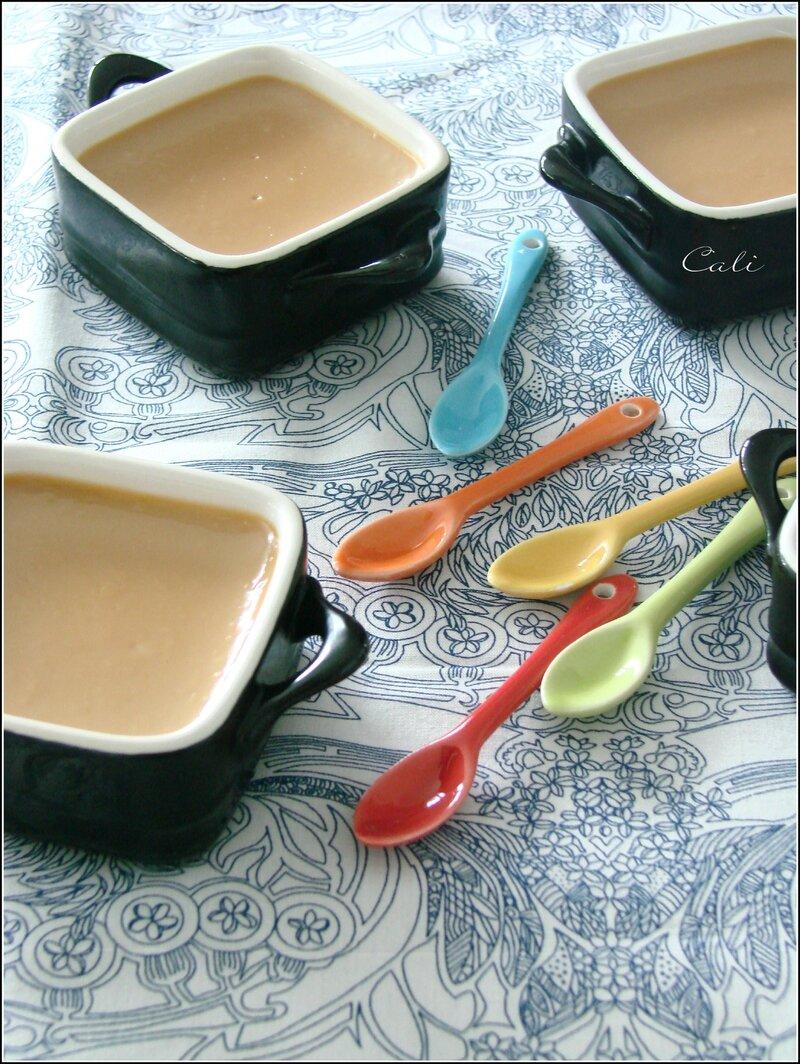 petits pots de cr me au lait de soja au dulce de leche peque as cremas a la leche de soja. Black Bedroom Furniture Sets. Home Design Ideas