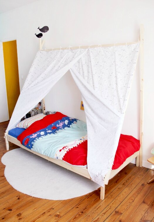 diy un lit tipi t te d 39 ange. Black Bedroom Furniture Sets. Home Design Ideas