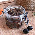 Du chutney aux olives noires et aux figues