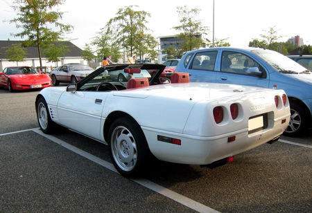 Chevrolet_corvette_C4_convertible__Rencard_Burger_King_Offenbourg__02