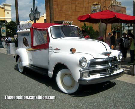 Chevrolet 3100 ice cream (Eurodisney) 01
