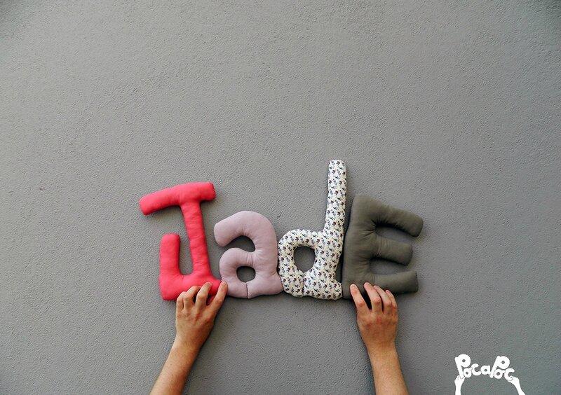 jade,mot en tissu,mot decoratif,cadeau de naissance,decoration chambre d'enfant,cadeau personnalise,cadeau original,poc a poc blog