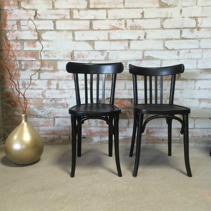 lot de 2 fauteuils 2 chaises bistrot vintage noir et tissu graphique beloben. Black Bedroom Furniture Sets. Home Design Ideas