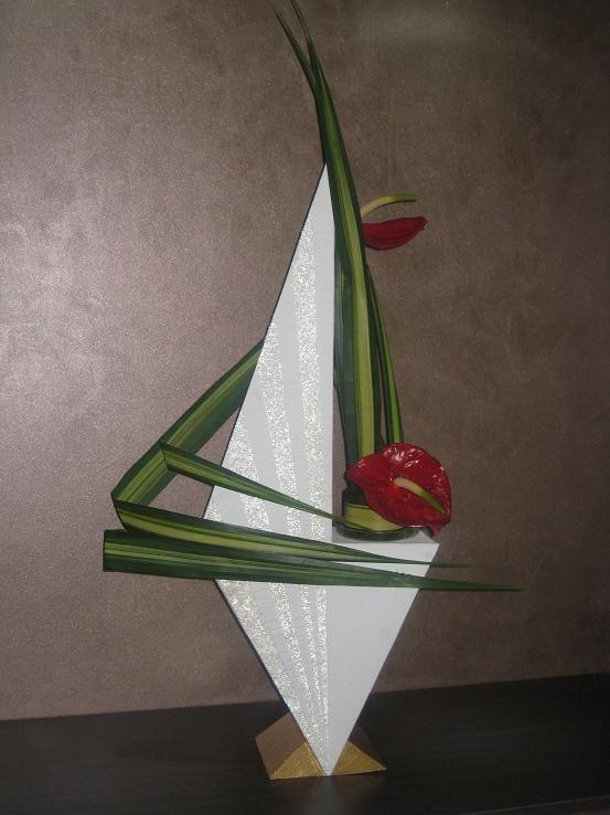 art floral les lignes bris es clo 39 s bricolages. Black Bedroom Furniture Sets. Home Design Ideas