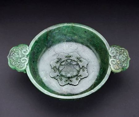 A_fine_spinach_jade_marriage_bowl