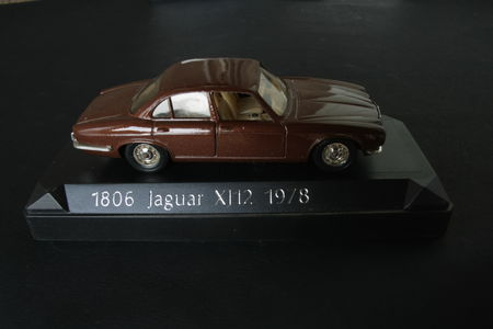 1806_Jaguar_XJ12_01