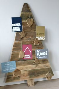 wall-christmas-tree-ideas-5