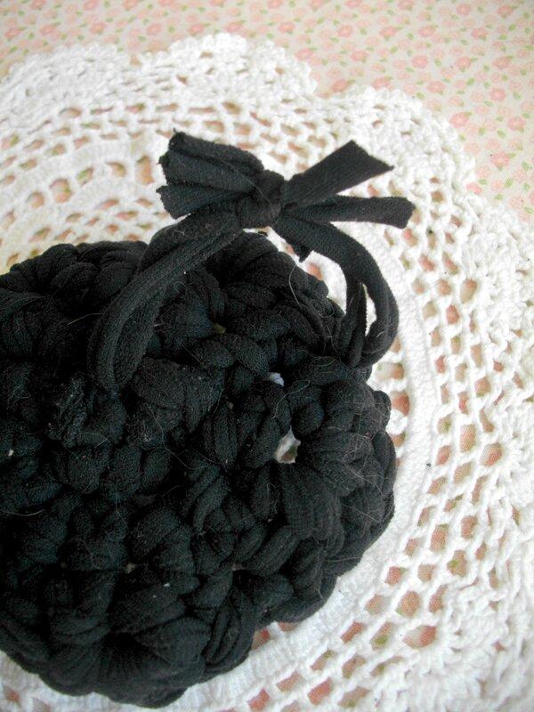 tawashi-crochet-récup-collant