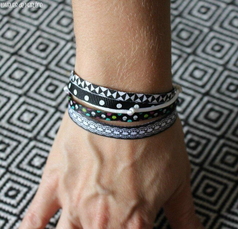 bracelet multi-rangs noir et blanc