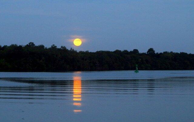 Kourou coucher de lune