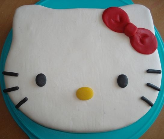 Gâteau Hello Kitty 1