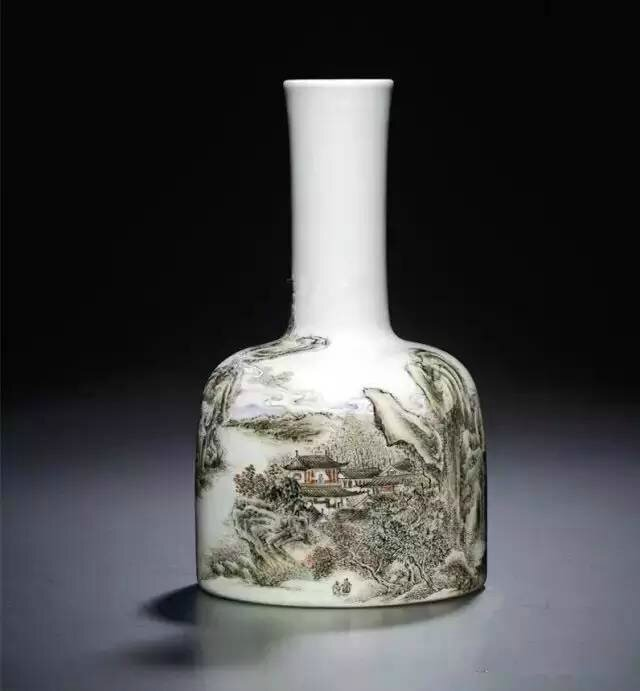 A fine inscribed and enamelled 'Autumn pavilion' mallet-shaped vase, Qianlong period (1736-1795)