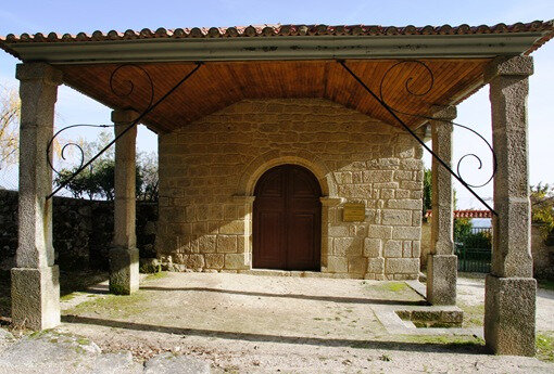 Alpedrinha - capela de São Sebastião 1_thumb[2]