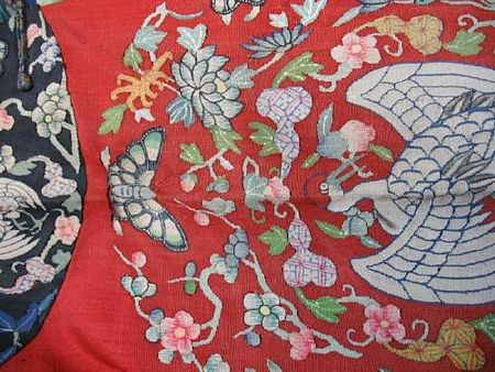 A_Manchu_noblewoman_s_kesi_woven_silk_semi_formal_court_robe__danpao_2