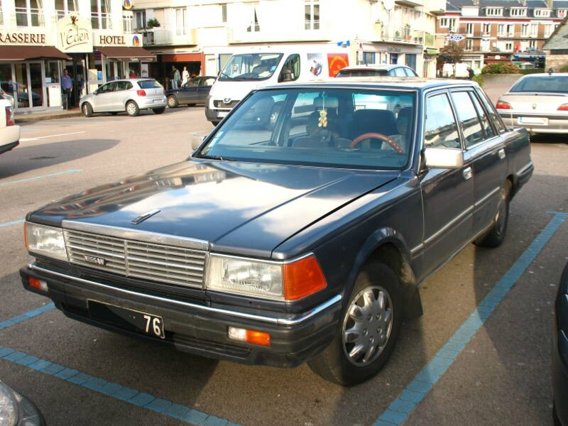 NissanCedric280SGLav1