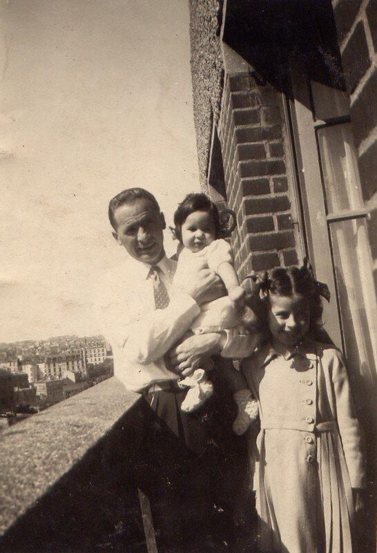 1947, avec ma soeur Claude