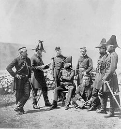 Général- George-Brown-and-staff-crimea-1855-by-roger-fenton