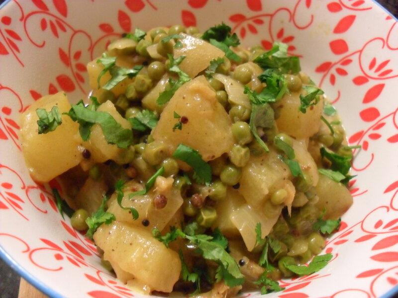 curry_de_pommes_de_terre_et_petit_pois_kika_cilantro_