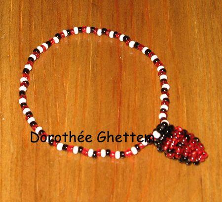 Un_bracelet_coccinelle