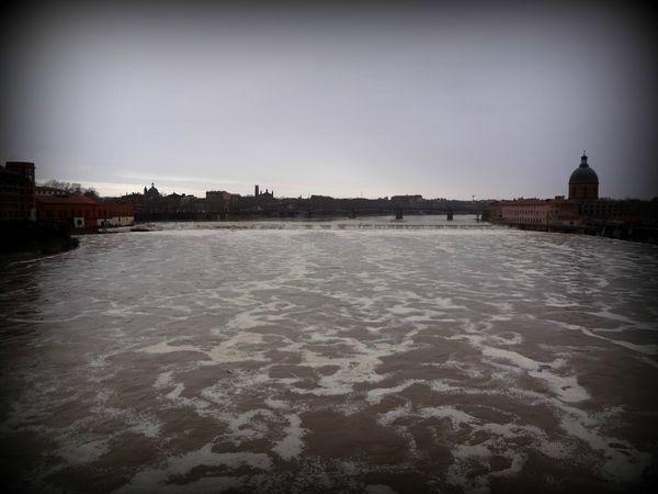 2013 20 01 à 16h30 Garonne pic de crue 11