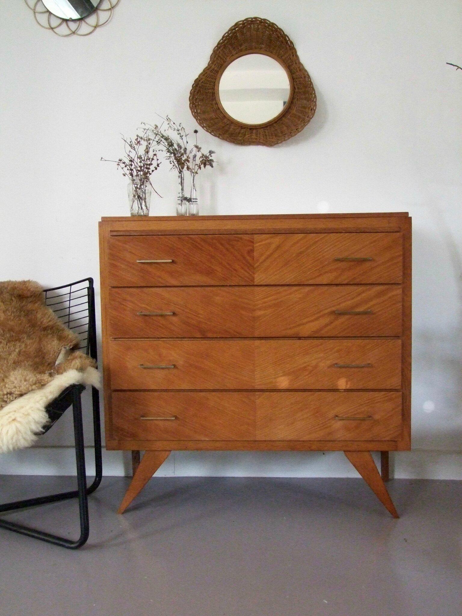 commodes meubles vintage pataluna chin s d nich s et d lur s. Black Bedroom Furniture Sets. Home Design Ideas