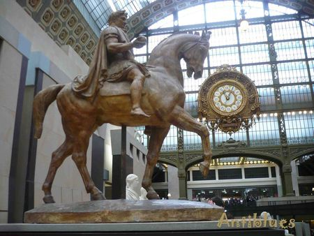 Antiblues_cheval_d_Orsay