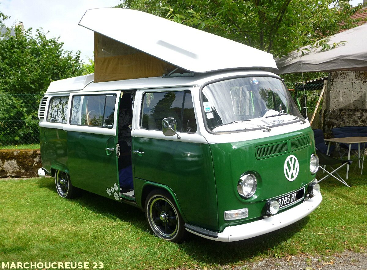 combi vw camping car photo de expo rassemblement vw st georges la pouge marchoucreuse 23800. Black Bedroom Furniture Sets. Home Design Ideas