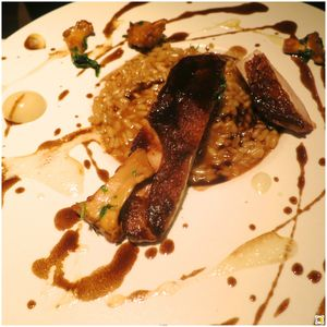 Pintade rôtie, girolles, risotto corsé au jus de viande, lard de Mr Duler (3)