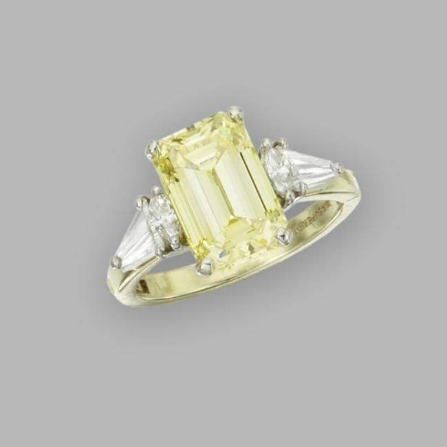 Yellow Diamonds @ Sotheby's. Magnificent Jewels. 20 Apr 10. New ...