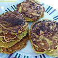 Pancakes salés au saumon fumé, courgettes, carottes et mozzarella