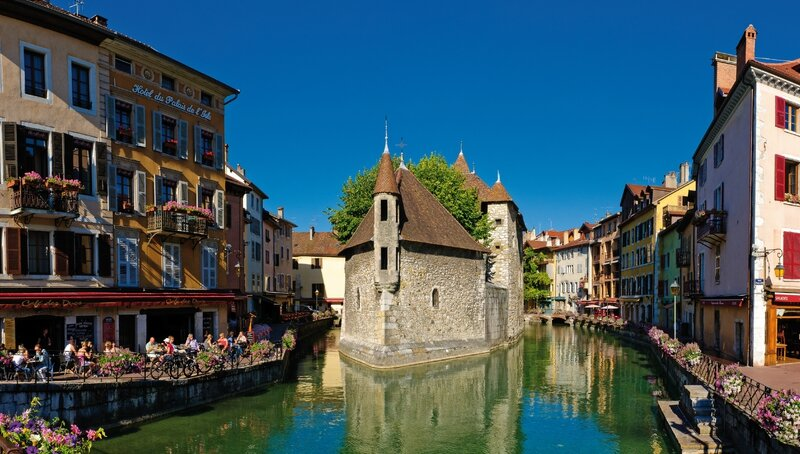 36 ANNECY