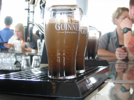 guinness_brewery_gravity_bar_our_pints