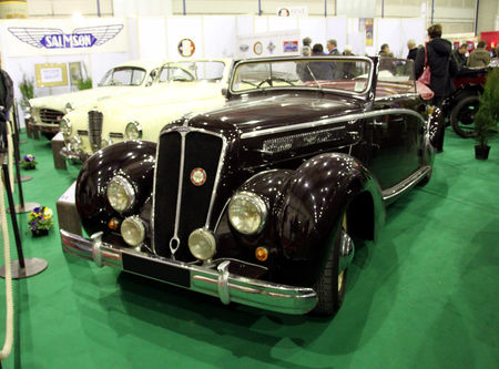 Salmson_S4E_cabriolet_de_1949__1948_1952__23_me_Salon_Champenois_du_v_hicule_de_collection__01