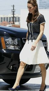 Kate-Tour-LA-Whistles-OUtfit-Side-by-Side-AP-Photo