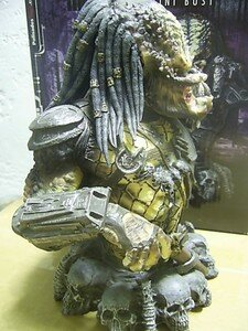 Predator2_Elder_mini_bust2