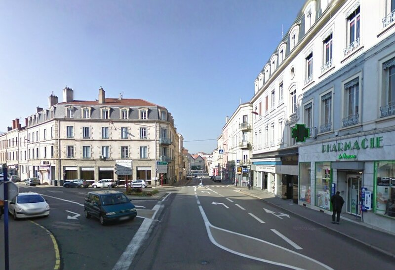 place de Plaisance Google street view mars 2011 (1)